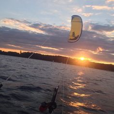 Une belle session sur le Rhin  #kitesurf#selfmade#paipo