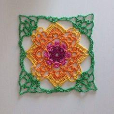Transcendent Crochet a Solid Granny Square Ideas. Inconceivable Crochet a Solid Granny Square Ideas. Crochet Motifs, Crochet Blocks, Crochet Squares, Thread Crochet, Crochet Crafts, Crochet Stitches, Crochet Projects, Beau Crochet, Love Crochet