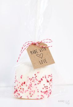 Armelle Blog: marshmallow pops + free tag download ...