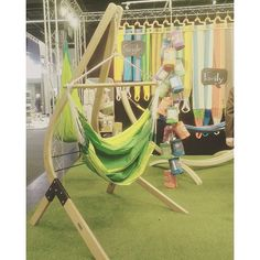 swinging with @lasiesta