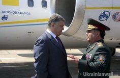 Poroshenko: We must ensure housing for sailors, especially those who left Crimea http://ukrainianwall.com/english-news/poroshenko-we-must-ensure-housing-for-sailors-especially-those-who-left-crimea/  Poroshenko: We must ensure housing for sailors, especially those who left Crimea On the Day of Naval Forces, Ukrainian President Petro Poroshenko congratulated sailors on the professional holiday and presented