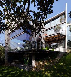 La Casa en el Bosque by Grupo Arquitectura - Mexico