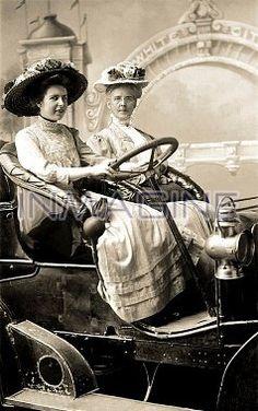 dawne samochody, historia motoryzacji, automobile