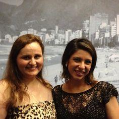 Designer Adriana Ximenes e Julia Morales - Evento Quadrilátero do Charme - Vogue Rio - Galeria Fórum Ipanema. #vikx #joias #voguerio #quadrilaterodocharme #joya #joyaipanema #Nossoarmario