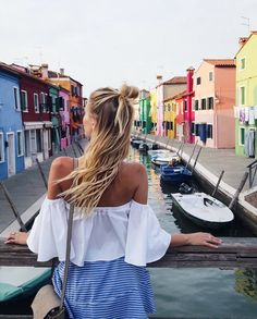 Sunset in Burano   Venice, Italy: http://www.ohhcouture.com/2016/07/monday-update-27/   #ohhcouture #leoniehanne