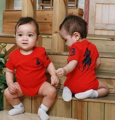 One- Piece Triangle Newborn Boys and Girls Romper Baby Boy Romper, Cute Baby Girl, Baby Dress, Cute Babies, Boy Or Girl, Baby Girls, Overall Kind, Girls Rompers, Polo