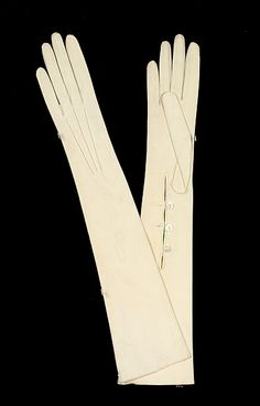 """""""VanderBiltmore Style"""": Gloves Manufacturer: Harry (French) Date: 1900–1910 Culture: French Medium: leather."""
