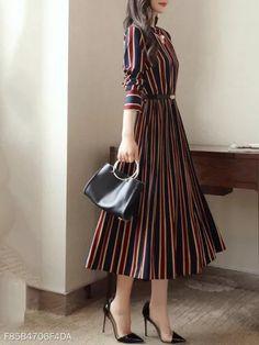 Midi Skater Dress, Belted Dress, Dress Skirt, Dress Up, Midi Skirts, Skater Dress Outfits, Striped Dress Outfit, Dress Belts, Stripe Dress