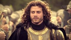 Francois Arnaud as Cesare Borgia: the beard hides his chin...