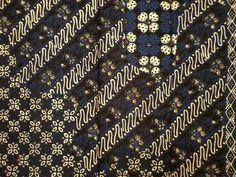 Bold batik mega mendungrain cloud pattern Traditional palette