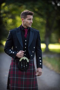The Prince Charlie Jacket our most traditional, with the waistcoat available in both 3 and 5 button styles. Styled here with a MacGregor Hunting tartan kilt and black shirt, to create the ultimate formal look.