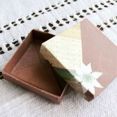 Tutorial of origami gift box