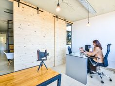 Arch daily, http://trendesso.blogspot.sk/2015/12/magical-offices-space.html
