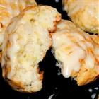 PINEAPPLE SCONES Pineapple Scones are the best way to start the day! These are so delicious and smell so good while in the oven. Preparation time 15 mins Cooking time 35 mins YOU'LL NEED: 2 C… Breakfast Scones, Breakfast Recipes, Dessert Recipes, Paleo Dessert, Breakfast Options, Recipes Dinner, Pineapple Recipes, Baking Recipes, Gastronomia