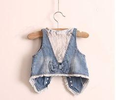 chaleco infantil Denim And Lace, Blue Denim, Jeans Material, Fashion Sewing, Girl Fashion, Denim Waistcoat, Kids Vest, Purple Vests, Lace Vest