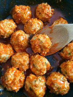keto buffalo chicken meatballs - these were pretty great! i made cauliflower rice with them