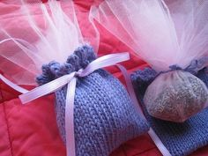 Free knitting pattern - Lavender sachets. Knitted in the round on DPN's. Scrap yarn project