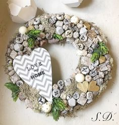 Seasonal Decor, Burlap Wreath, Xmas, Wreaths, Spring, Home Decor, Creative Design, Decoration Home, Door Wreaths