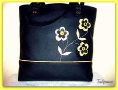 Szaladgálós virágos táska fekete-sárga