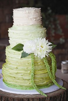 These Gorgeous Green Ombre Wedding Cakes Are Perfect For St. Patrick's Day | TheKnot.com