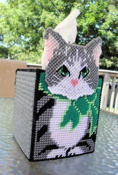 Kitty Tissue Box_Plastic Canvas