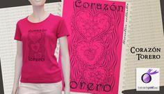 Camiseta taurina con diseño inspirado en los tradicionales corazones bordados del traje de luces, combinando el fucsia y el negro.      100% Algodón peinado Ringspun, algodón 220g/m2.  Corte entallado.  Costuras laterales.  Serigrafiado parte delantera. Color fucsia
