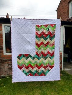 Christmas (Chevron) Stocking quilt Chevron, Stockings, Quilts, Stitch, Blanket, Crochet, Projects, Pattern, Christmas
