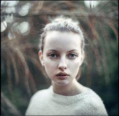 Ewa - Photography: Agata Serge Model: Ewa Kepys Lens: Palecwnosie Bokeh Factory