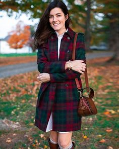 """13.9 k mentions J'aime, 82 commentaires - Sarah Vickers (@sarahkjp) sur Instagram : """"One can never have too many plaid coats They are my weakness! Love this one from @brooksbrothers…"""""""