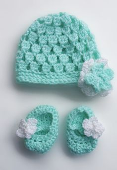 Baby Hat and Bootie Crochet Set (Preemie or Small Baby)