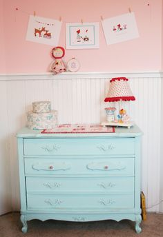 red and aqua together for a little girls room.-these are haileys new colors in her quilt! so pretty. Blue Girls Rooms, Little Girl Rooms, Bedroom Red, Girls Bedroom, Bedroom Ideas, Girly, Pink Walls, Kid Spaces, New Room