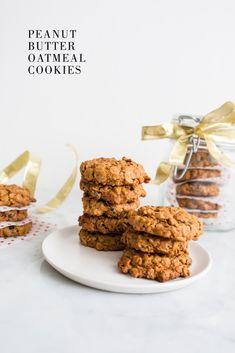Peanut Butter Oatmeal Cookies /