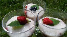 Tapioka s ovocem - Powered by @ultimaterecipe Pudding, Desserts, Food, Tailgate Desserts, Deserts, Puddings, Meals, Dessert, Yemek