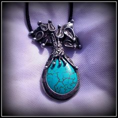 Howlite pendant / SOLD /