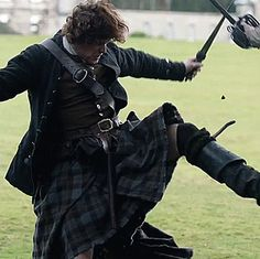 Outlandian | Some more Jamie GIFs from the latest trailer.