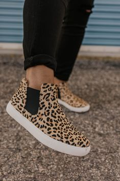 Harlan Leopard Sneaker These leopard sneakers an amazing statement piece! The Harlan is a wild twist on the classic sneaker updated with a leopard pattern. More styles at ROOLEE, Utah's favorite boutique! Classic Sneakers, Casual Sneakers, Sneakers Fashion, Shoes Sneakers, Women's Shoes, Women's Sneakers, Shoes Style, Fashion Shoes, Women's Casual Shoes