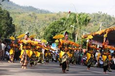 Culture and Festivals in #Lombok: The Unique and the Mystical