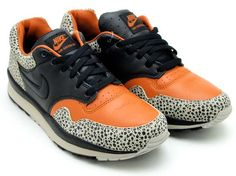 NIKE NIKE AIR SAFARI QS [TAN/BEIGE/BLACK-CHARCOAL] 532304-220