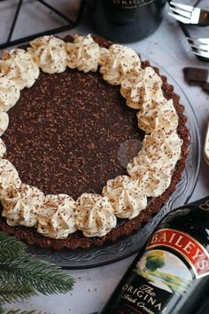 Baileys Chocolate Tart! Lemon Cheesecake Recipes, Tart Recipes, Baking Recipes, Healthy Recipes, Baking Ideas, Delicious Recipes, Xmas Food, Christmas Baking, Christmas Recipes