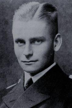 "Kapitänleutnant Max-Martin Teichert (1915-1943), Kommandant Unterseeboote ""U 456"", Ritterkreuz 19.12.1943"