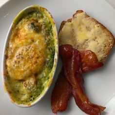 Keto, LCHF. Egg baked with spinach, cream and grated cheese, grainfree bread and what's shakin' bacon. #lchf #lowcarbhighfat #lowcarb #yummy #foodporn #instagood #instafood #grainfree #homemade #food #highfatheaven #yolo #healthy #fitness #foco #paleo #primal #lchfklubben #eatclean #keto #egg #bacon #spinach #foodpics not to be confused with toothpicks