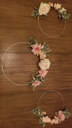 Pink and Cream fake flowers with lambs ear greenery is what is shown in pictures. Wedding Wreaths, Diy Wedding Decorations, Birthday Decorations, Alternative Bouquet, Alternative Wedding, Purple Bouquets, Bridesmaid Flowers, Wedding Flowers, Creation Deco