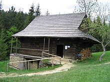 Vernacular architecture - A log cabin in the region of Kysuce, Slovakia. - an example of vernacular architecture in relatively cold mountain climate using local materials (e. g. :  wood).