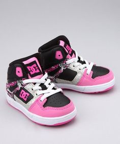 A feminine shoe, yet also presents and edgy flare between the black and pink. Combining the two colors creates a very successful contrast, also highlighted with the solid white laces and accents. The layout of colors make this a strong design!