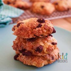 Yummy crunchiest ever choc chip oat cookies! Easy to make recipe and makes 18.  Quick to bake. Perfect for lunchboxes!