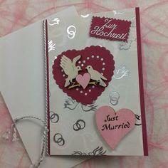 Auftragskarte zur Hochzeit die Holzteilchen habe ich mit posca Stifte angemalt #kartenbasteln #Karten #cardmaking #weddingcards #TanjaHausmann #diy #diecut #mariannedesign_ #spellbinders #Holzteilchen #Hochzeitskarte #hochzeit #posca #handmadewithlove #basteln