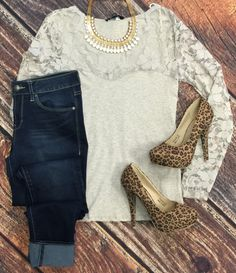 Deep in the Lace Long Sleeve Top: Oatmeal