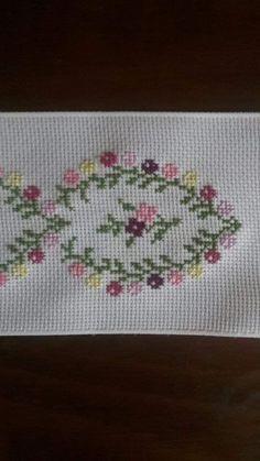 Cross Stitch Sea, Cross Stitch Letters, Cross Stitch Bookmarks, Cross Stitch Borders, Cross Stitch Flowers, Cross Stitch Designs, Cross Stitching, Cross Stitch Embroidery, Stitch Patterns