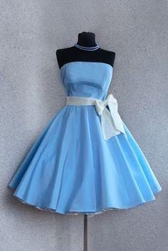 Alice in wonderland bridesmaid dress