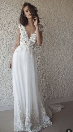 Lace wedding dress with sleeves - Lace wedding dress is one of a kind of wedding dresses which is favorite by many people. As its name, the lace fabric is used to made all the different styles of the wedding dress. You can get a lace wedding dress wi. Cheap Bridal Dresses, Beach Bridal Dresses, Western Wedding Dresses, Long Wedding Dresses, Cheap Wedding Dress, Bridal Gowns, Wedding Gowns, Wedding Dress For Short Women, Wedding Ceremony